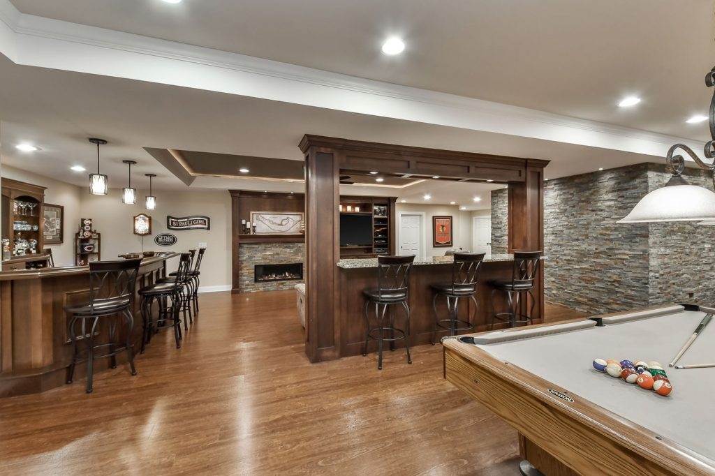 Basement-Bar-Builtin-tv-Basement-Remodeling-5-Boling-Brook-IL_Sebring-Services